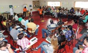 Trabalhos coletivos facilitaram a interação com os temas do projeto. Foto: Andrés Pasquis / ICV