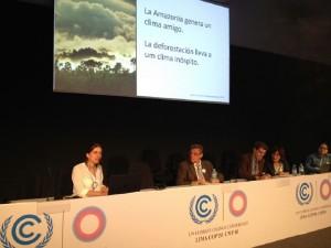 Paula Ellinger, da Avina, abriu o evento falando sobre os cenários na Panamazônia.
