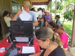 Mutirão do Car no assentamento São Pedro, em Carlinda. Parceria do ICV, prefeitura e Incra.