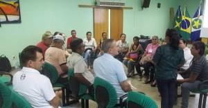Participantes de Conferência se dividiram em grupos para fazer as propostas para o encontro estadual. Foto: Sucena Shkrada Resk/ICV