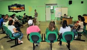 Participantes de oficina refletiram sobre a realidade da segurança alimentar em Cotriguaçu. Foto: Sucena Shkrada Resk/ICV